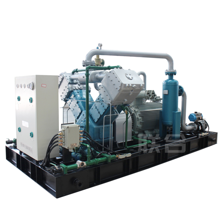 Circulating gas compressor